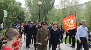 Церемония возложения венков и цветов к мемориалам воинской славы